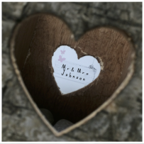 MR&MRS WOOD HEART CARD